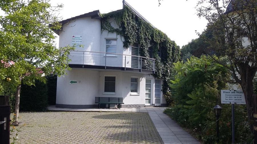 Pension Haus am Wald in Potsdam